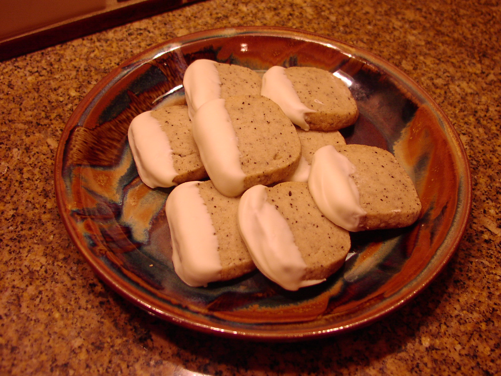 WHITE CHOCOLATE DIPPED COFFEE BEAN SHORTBREAD | CHEZ CARR ...